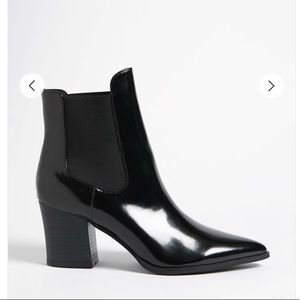 Forever 21 Pointed Toe Chelsea Booties